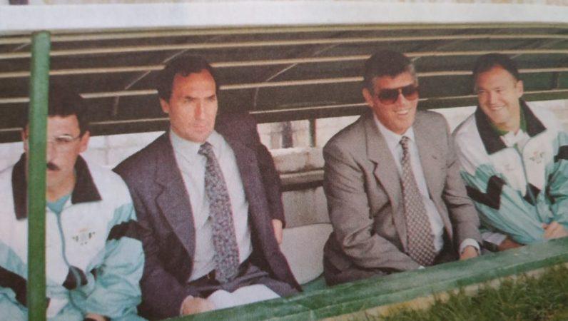 Esnaola en el banquillo. 1993