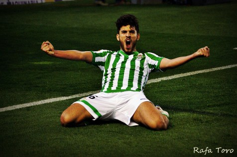 Dani Ceballos celebra su gol (Real Betis 2-1 Girona)