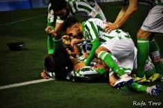 Celebración del gol de Ceballos (Real Betis 2-1 Girona)
