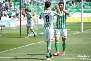 Celebración gol de Molina (Real Betis 3-0 Osasuna)