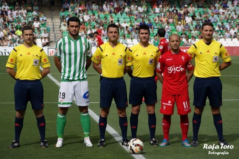 Imagen de la última jornada de la pasada temporada ante el Sporting