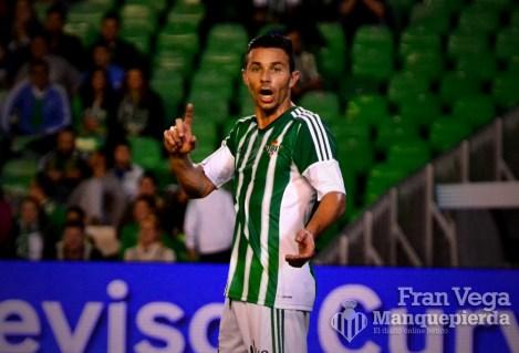 Ruben en desacuerdo por un fuera de juego (Betis-Español 15/16)