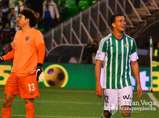 Damiao se lamenta por la ocasión (Betis-Malaga 15-16)