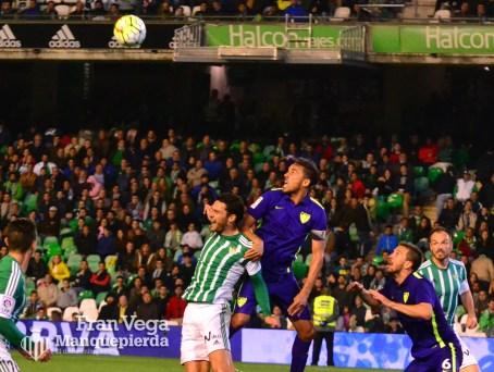 Molina no pudo realizar gol (Betis-Malaga 15-16)