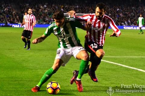 Sanabria aguantando el esferico (Betis-Athletic 16/17)