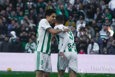 Bartra se marcha co sobrecarga (Betis-Villarreal 17-18)