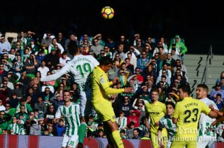 Corner que disputa Barragan (Betis-Villarreal 17-18)