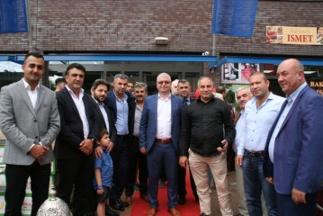 Sultan Food Center Utrecht'te açıldı