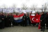 Vatandaşlarımız 'Zeytin Dalı Harekâtı'na destek için Rotterdam'da toplandı