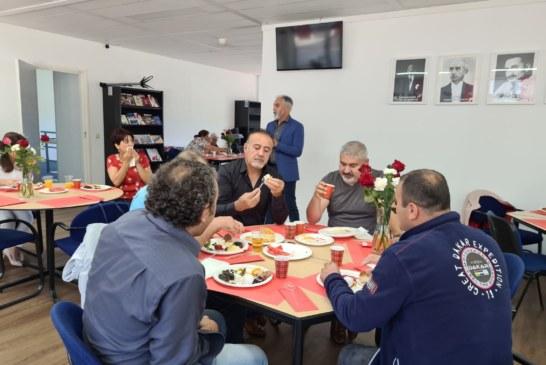 CHP HOLLANDA BİRLİĞİ VATANDAŞLARIMIZI KAHVALTIDA BULUŞTURDU