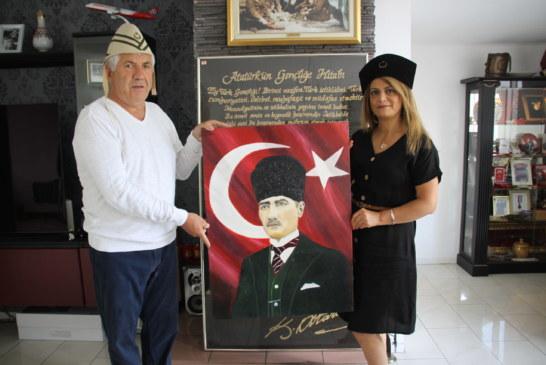 Rotterdam Çanakkale Müzesi'ne Atatürk yağlı boya portresi