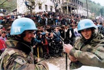 Srebrenitsa Katliamı'nda rol oynayan Hollanda, ölenlerin yakınlarına tazminat ödeyecek