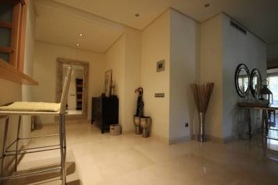 for sale middle floor 6