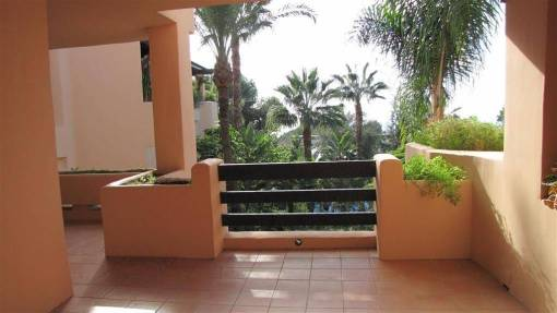 3 Bedroom Middle Floor for Sale – 720,000 euros