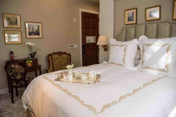 Merveilleux Lavande room at Mansion on Sutter