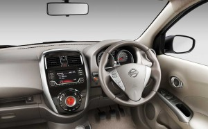 nissan-sunny-front3-4th-dashboard-shot