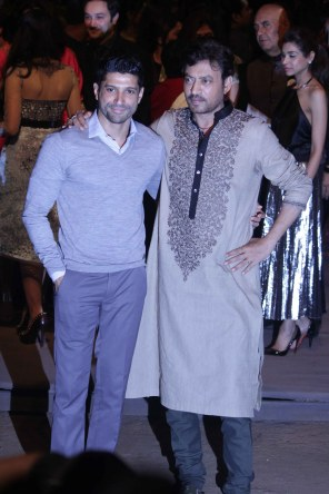 Farhan Akhtar and Irrfan Khaan at Sabyasachi's show