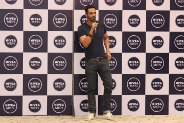 Arjun Rampal for NIVEA MEN Deodorizer launch