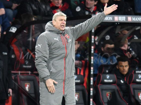 arsene-wenger-out-manchester-united-sir-alex-mwindia-1
