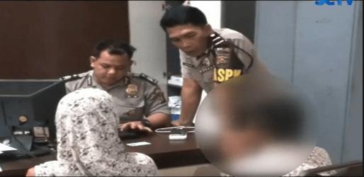 Seorang Nenek Di Tanggap Polisi
