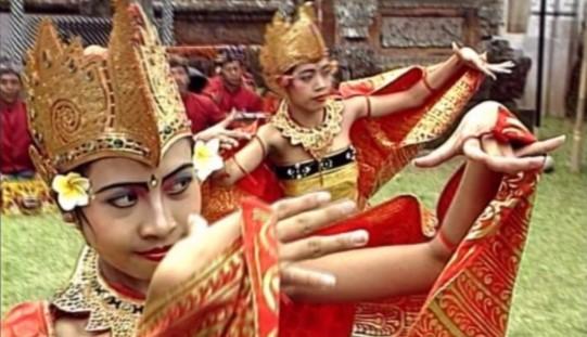Penjelasan Terkait Tari Manukrawa Bali Serta Gambar