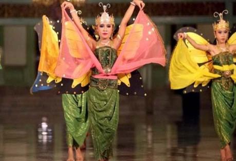Ulasan lengkap Tari Kupu-Kupu Bali yang utuh