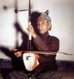 Review singkat tentang alat musik Jawa Tengah yang sering terlihat pada acara adat