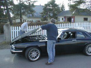 Ole, Rolf, Jaguar i asliveien 1