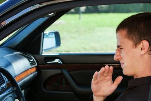 Diagnosticar Falla en el Auto por el Aroma