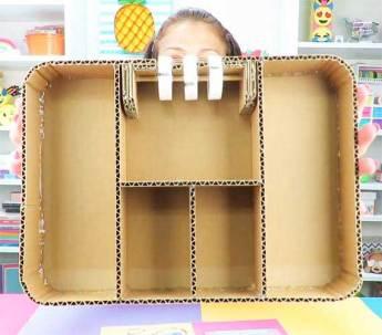 organizador maleta con clave secreta