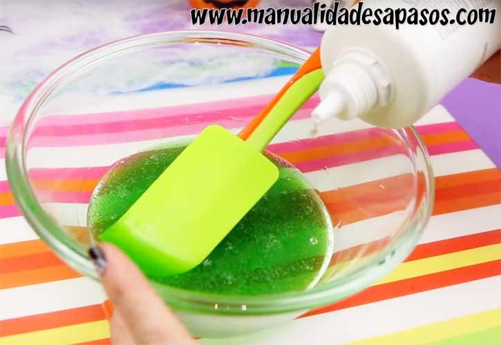 como hacer slime con liquido de lentillas
