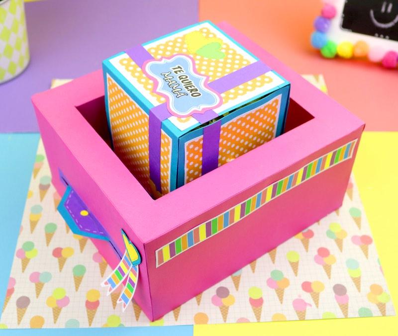 Caja giratoria con mensaje y regalo
