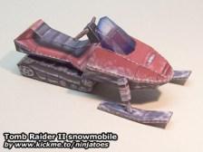 Papercraft recortable de Tom Raider de una motonieve. Manualidades a Raudales.