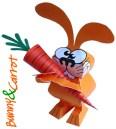 Papercraft recortable de un Conejo con su zanahoria. Manualidades a Raudales.