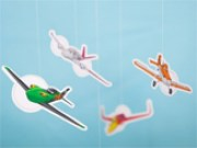 Móvil de aviones de Disney. Manualidades a Raudales.