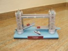 Papercraft building imprimible y armable del Puente de Londres. Manualidades a Raudales.