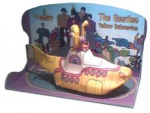 Papercraft del submarino amarillo de los Beatles.