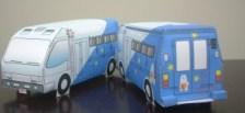 Papercraft recortable de una furgoneta de juguete. Manualidades a Raudales.