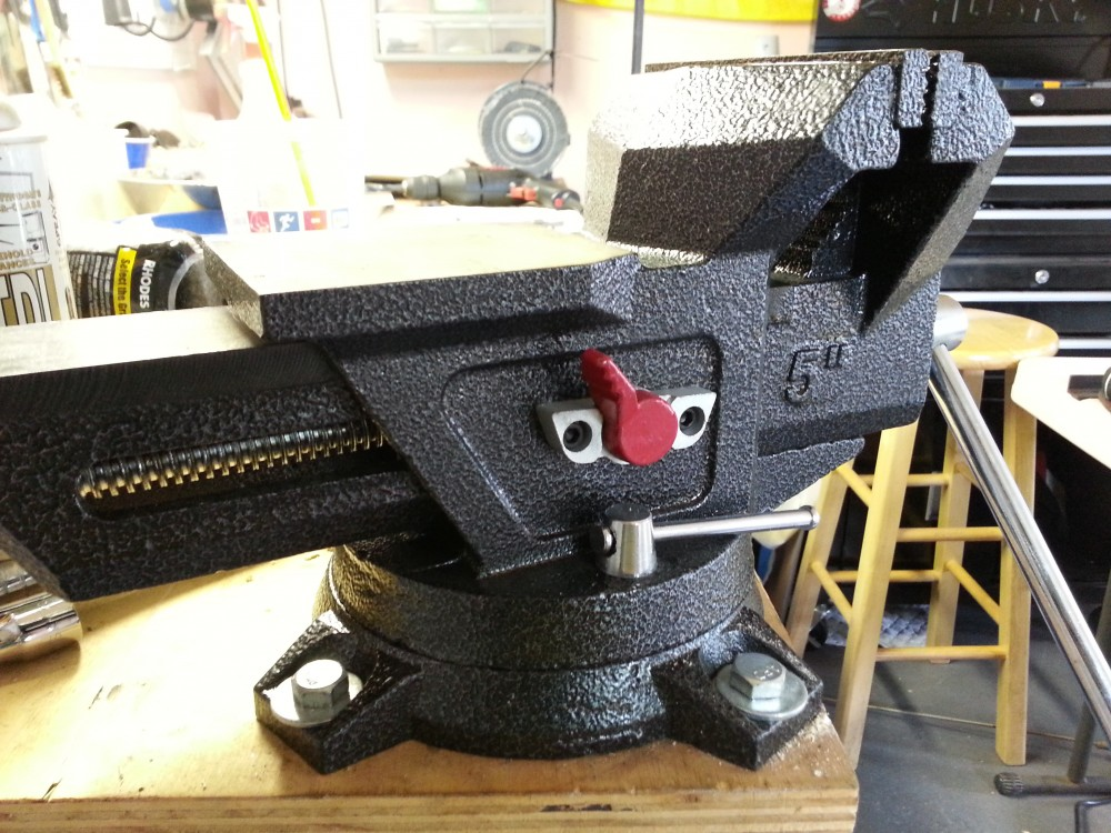 Husky Quick Release Bench Vise Review