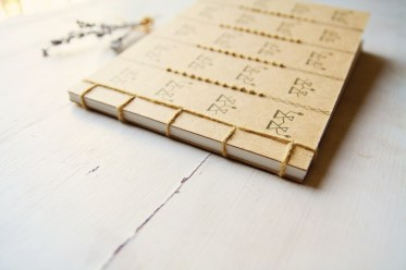Manuche, Janas Notebook Gold