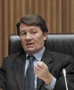 Antonio Gutiérrez (PSOE) votó en contra de la reforma constitucional