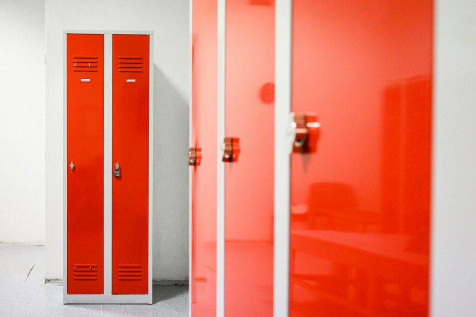 Šatní skříňky Duro Vario v červené variantě