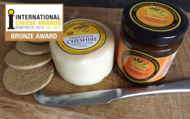 Traditional Creamy Cheshire Cheese