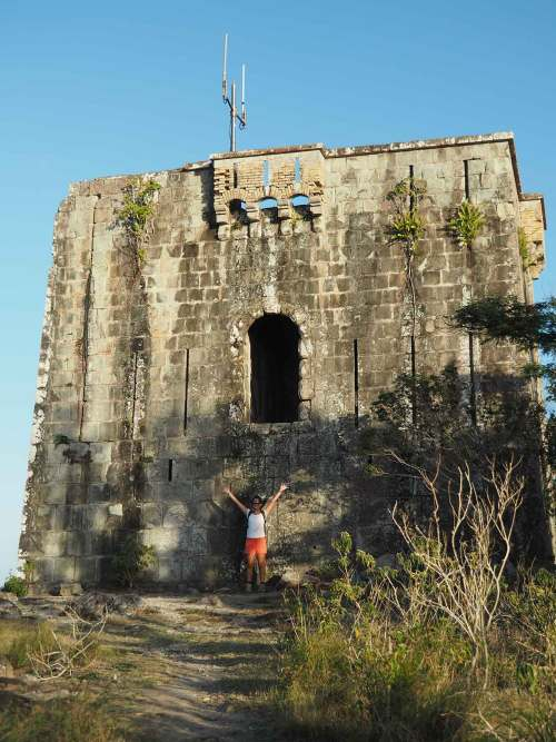 Petite tour en haut du Chameau aux Saintes.