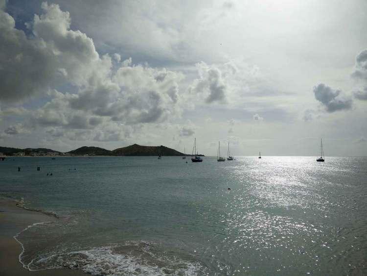Mouillage à Grand Case sur l'île de Saint Martin.