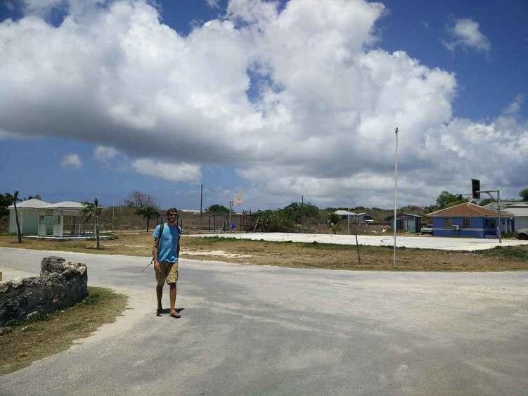 La ville déserte sur l'île de Mayaguana aux Bahamas.