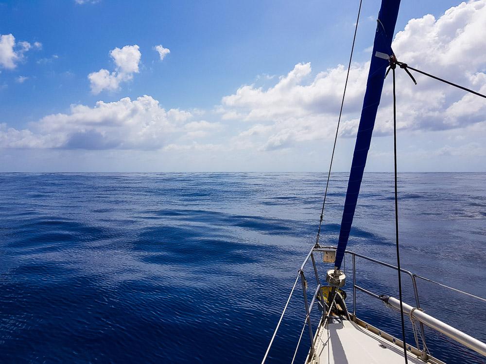 Temps calme vers la fin de notre navigation entre le Bélize et le Panama, au large du Honduras.