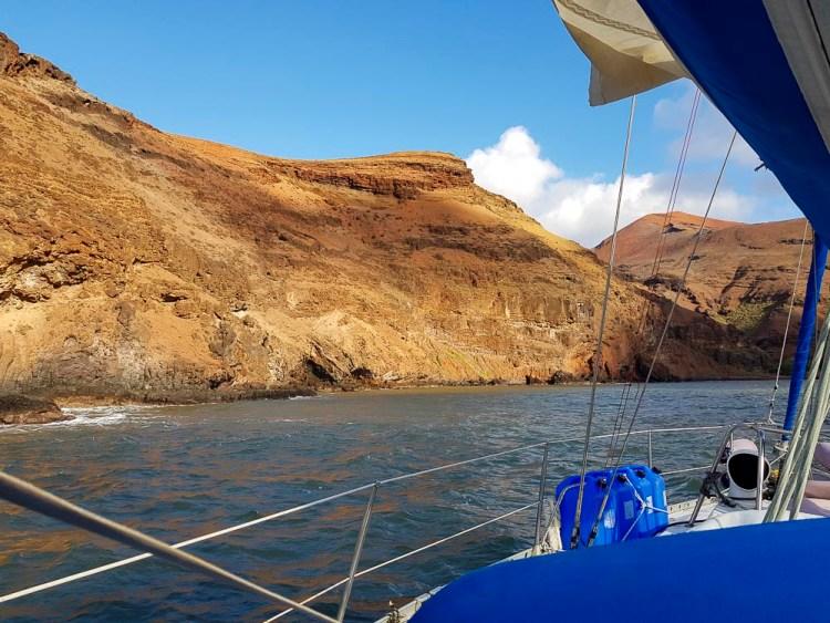 L'entrée dans la baie de Vaipee sur l'île de Ua Huka.