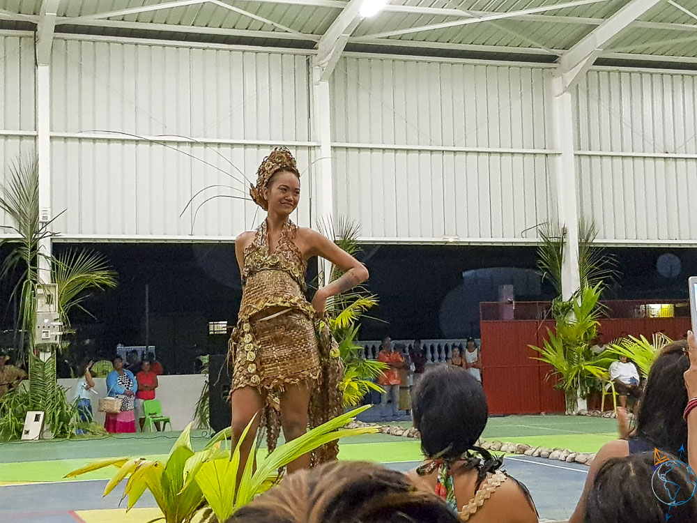Concurrente de Makemo pour le concours Miss Makemo 2019.