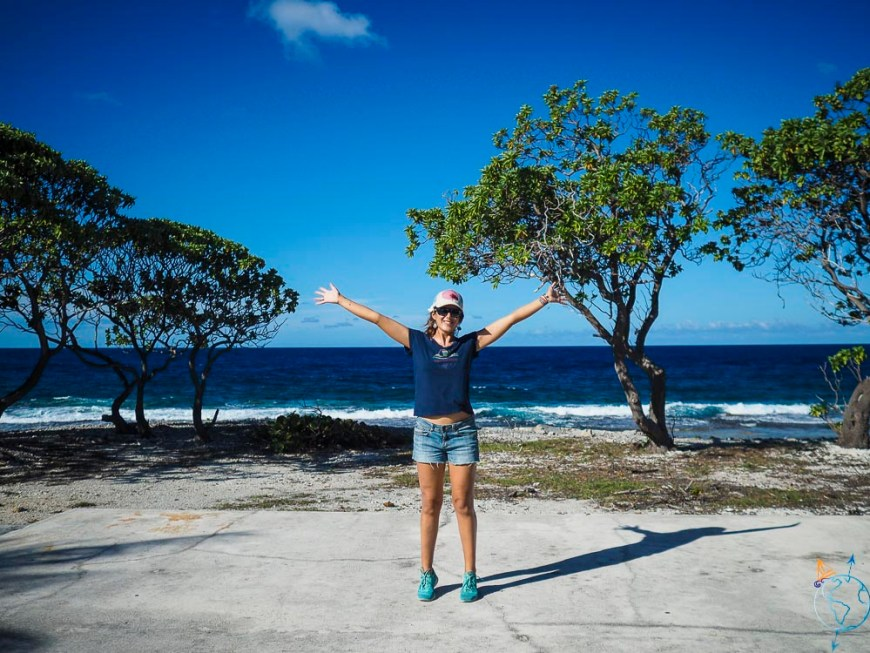 Côté océan, au nord de l'atoll de Rangiroa, sur le motu de Tiputa.
